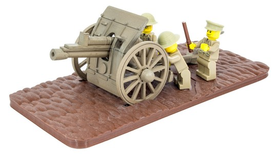 British minifig soldiers firing the 18 Pounder
